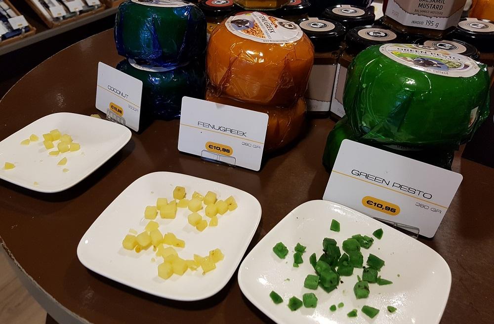 טעימת גבינות בחנות גבינות באמסטרדם
