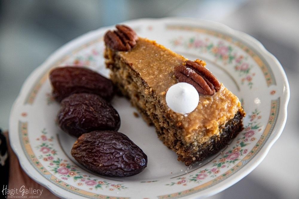עוגת תמרים בקיבוץ יהל. צילום: הערבה הדרומית