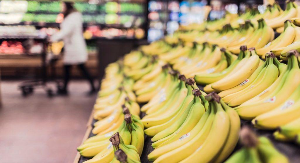 בננות על המדף