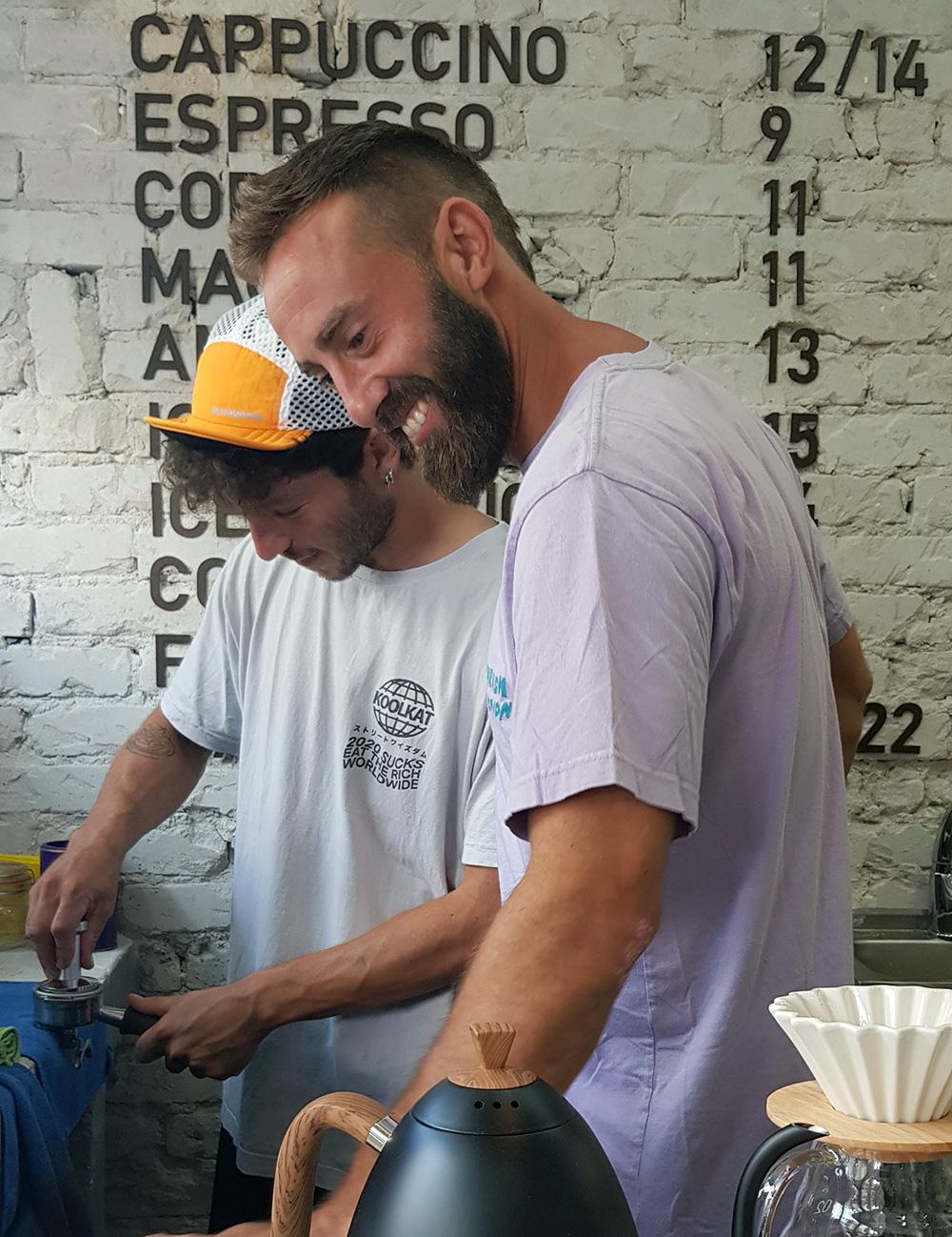 דור ויובל השותפים בקפה Chacho's. צילום: מגזין שותים