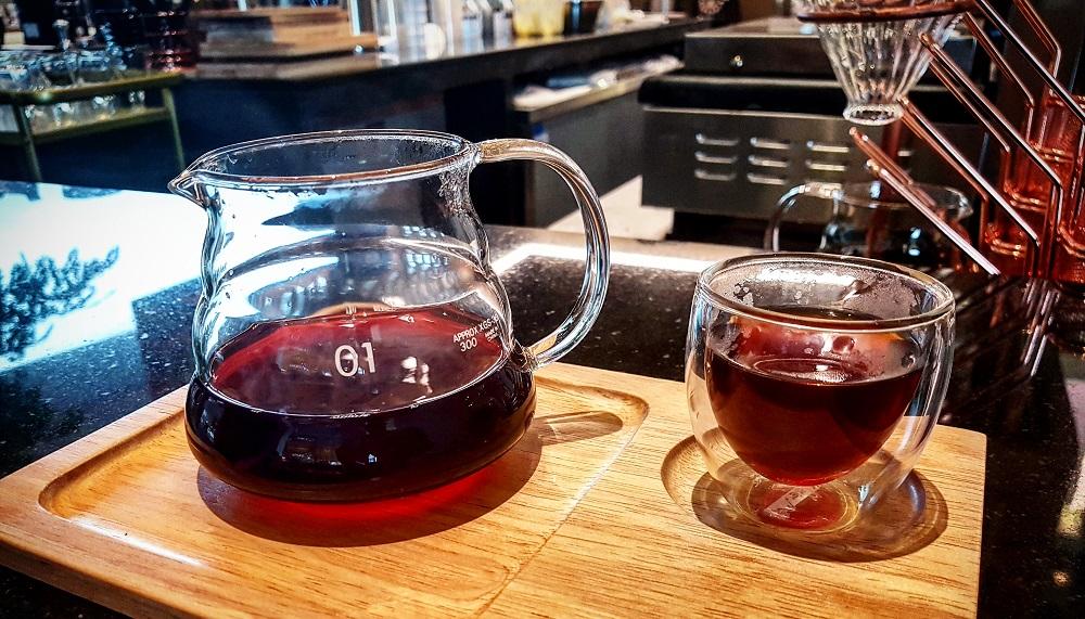 קפה Hario V60 בבית קפה בבנגקוק