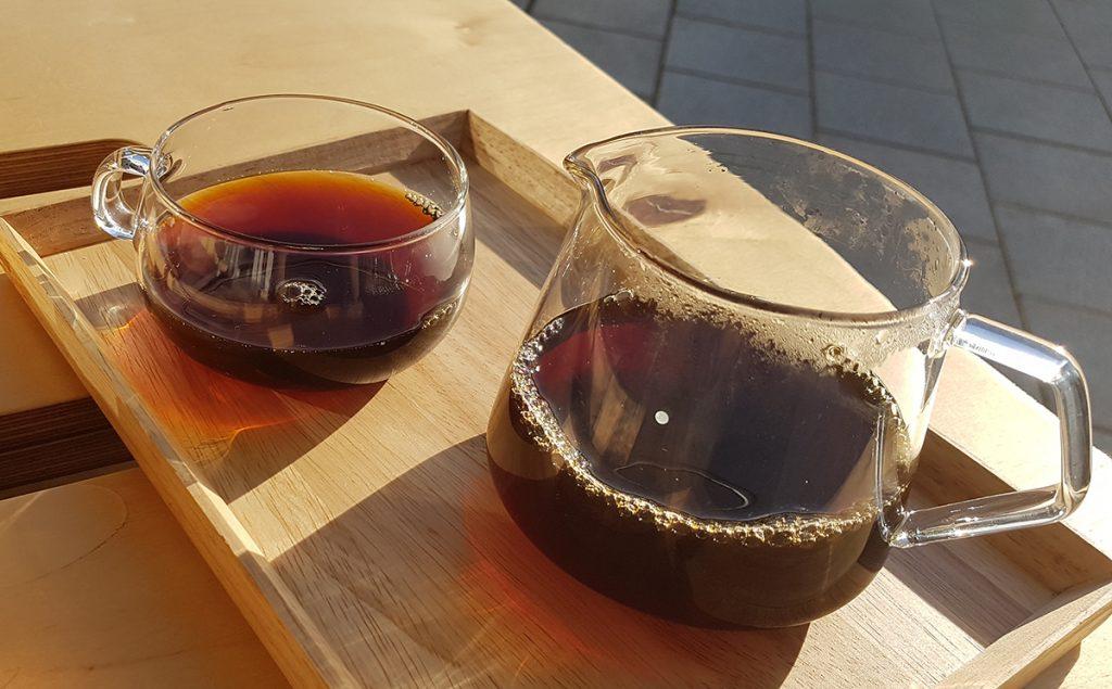 כוס קפה פילטר דריפ ב-HOC בתל אביב
