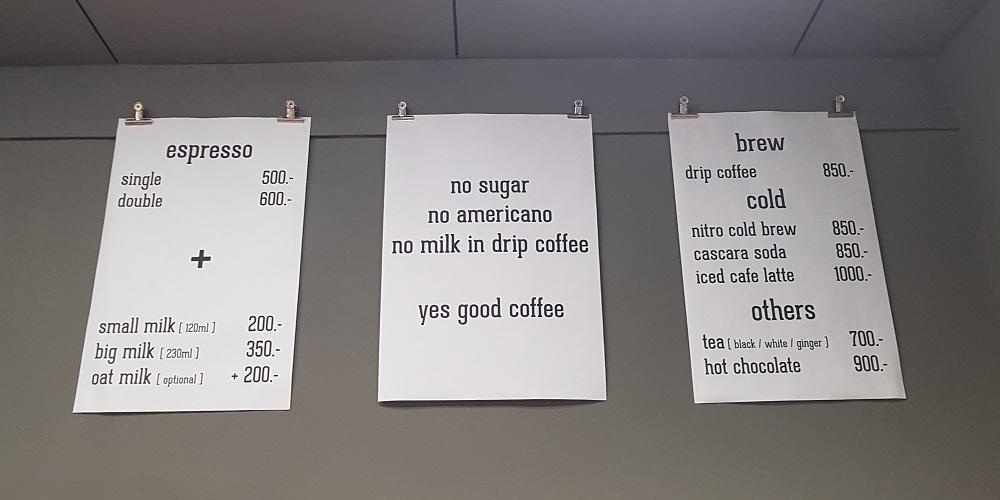 תפריט קפה Kontakt בבודפשט