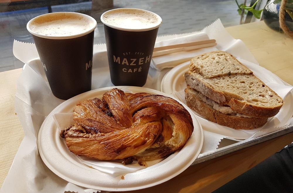 """קפה, מאפה וסנדוויץ' במזא""""ה קפה החדש"""