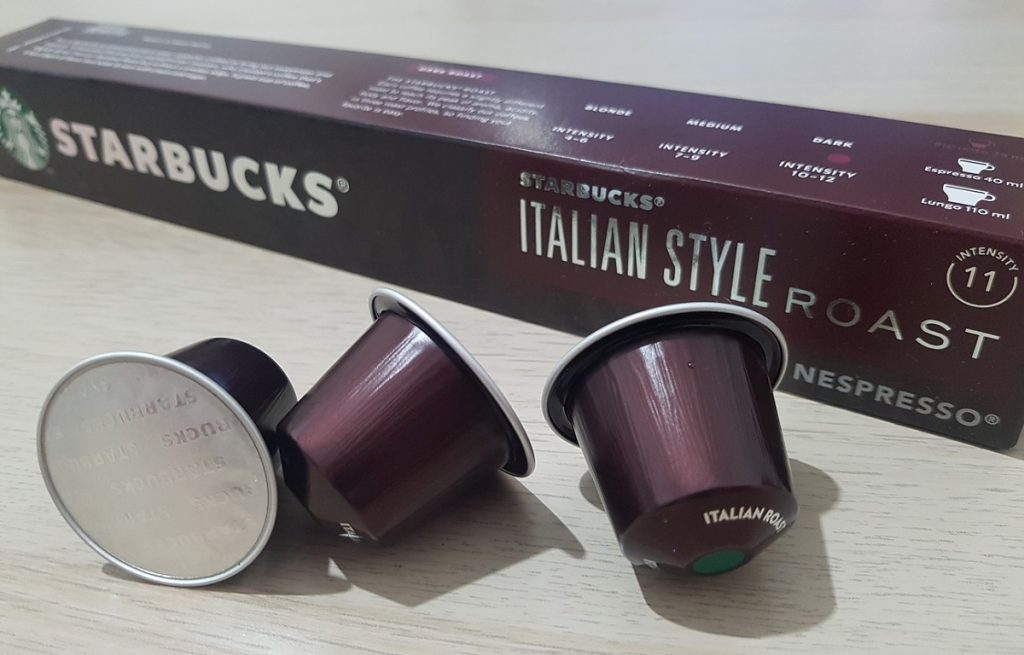 קפסולות קפה של סטארבקס בקלייה איטלקית. צילום: מגזין שותים