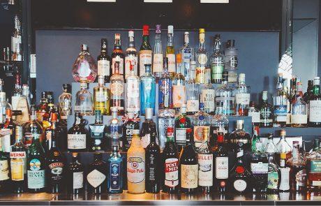 איך לבנות בר משקאות ביתי, שלב א': אלכוהול