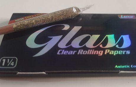 ביקורת מוצר: ניירות גלגול שקופים של Glass