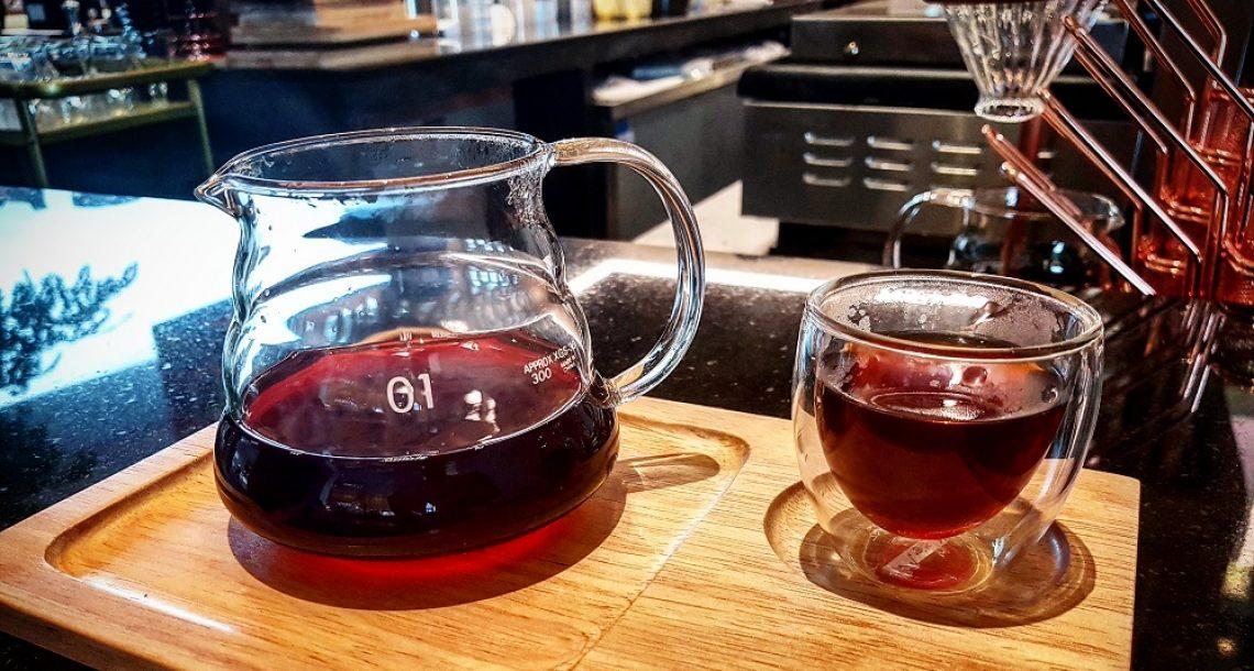 איך מכינים קפה פילטר ב-V60 – מתכון רשמי של Hario