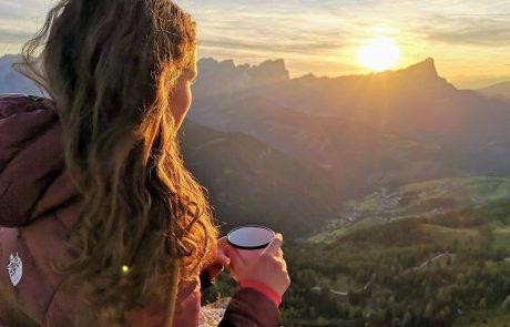 4 דרכים להכין בשטח קפה איכותי שהוא לא קפה שחור בפינג'אן