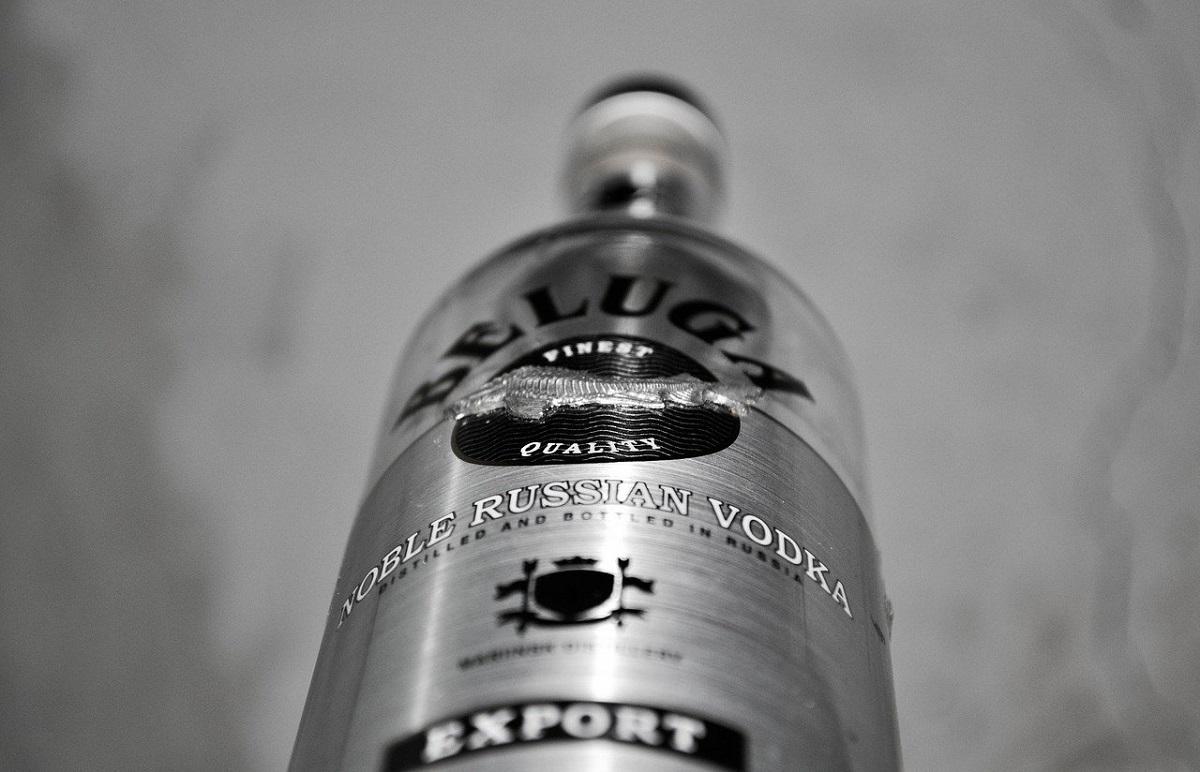 בקבוק וודקה בלוגה