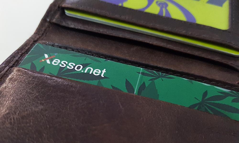קססונית של Xesso.net בתוך הארנק